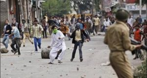 indian-held-kashmir-violence-death-toll-rises-to-23-620x330
